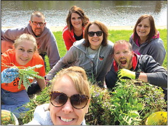 School District Of Horicon  Uses End Of Year Work Day To Give Back To Community