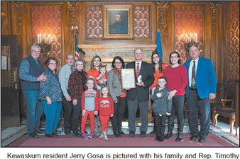 Jerry Gosa Receives Hometown   Hero Award
