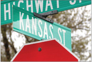 Kansas Street Paved,  Horicon Residents Rejoice
